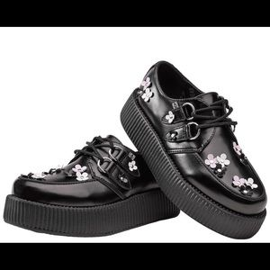 Flower Studded T.U.K. Creepers